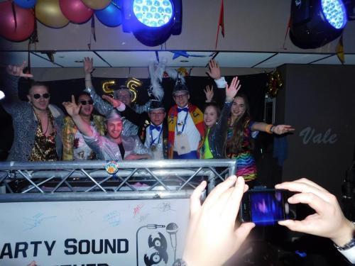 "Proud2befout met Partysound Together & ""Altijd Larstig & Rob Gas D'r op"""